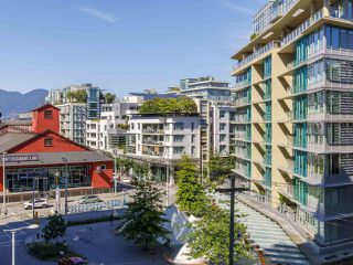"Photo 11: 631 1783 MANITOBA Street in Vancouver: False Creek Condo for sale in ""Residences at West"" (Vancouver West)  : MLS®# R2478331"