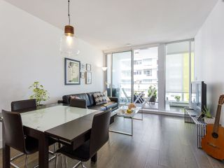 "Photo 4: 631 1783 MANITOBA Street in Vancouver: False Creek Condo for sale in ""Residences at West"" (Vancouver West)  : MLS®# R2478331"