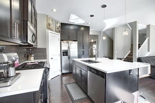 Photo 2: 45 EVERBROOK Crescent SW in Calgary: Evergreen Detached for sale : MLS®# A1016495