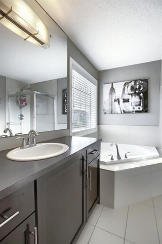 Photo 12: 45 EVERBROOK Crescent SW in Calgary: Evergreen Detached for sale : MLS®# A1016495