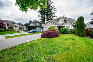 "Photo 3: 7319 146A Street in Surrey: East Newton House for sale in ""Chimney Heights"" : MLS®# R2491156"