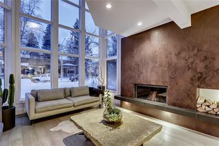 Photo 4: 3020 5 Street SW in Calgary: Rideau Park Detached for sale : MLS®# A1059410