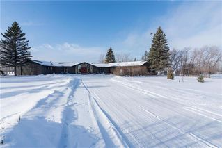 Main Photo: 10 ESTATE Road in Springfield Rm: RM of Springfield Residential for sale (3N)  : MLS®# 202100949