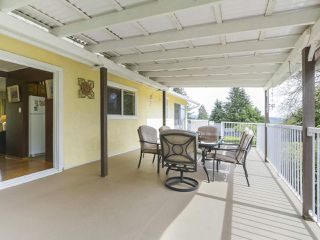 Photo 16: 1367 BRIARLYNN Crescent in North Vancouver: Westlynn House for sale : MLS®# R2388513