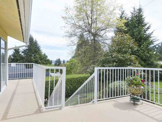 Photo 9: 1367 BRIARLYNN Crescent in North Vancouver: Westlynn House for sale : MLS®# R2388513