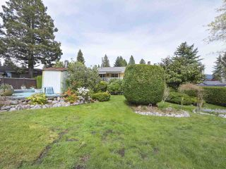 Photo 19: 1367 BRIARLYNN Crescent in North Vancouver: Westlynn House for sale : MLS®# R2388513