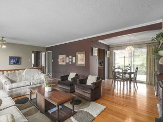 Photo 4: 1367 BRIARLYNN Crescent in North Vancouver: Westlynn House for sale : MLS®# R2388513