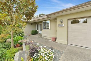 Photo 2: 1179 Sunnybank Court in VICTORIA: SE Sunnymead Single Family Detached for sale (Saanich East)  : MLS®# 414054