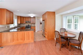 Photo 10: 1179 Sunnybank Court in VICTORIA: SE Sunnymead Single Family Detached for sale (Saanich East)  : MLS®# 414054