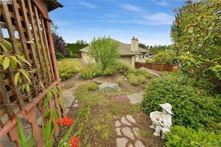 Photo 34: 1179 Sunnybank Court in VICTORIA: SE Sunnymead Single Family Detached for sale (Saanich East)  : MLS®# 414054