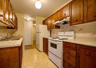 Photo 9: 902 8220 Jasper Avenue in Edmonton: Zone 09 Condo for sale : MLS®# E4168242