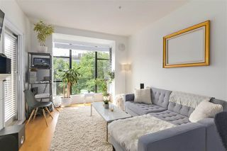"Photo 4: 311 2175 SALAL Drive in Vancouver: Kitsilano Condo for sale in ""SAVONA"" (Vancouver West)  : MLS®# R2394725"
