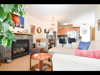 Photo 4: 803 1003 PACIFIC Street in Vancouver: West End VW Condo for sale (Vancouver West)  : MLS®# R2397725