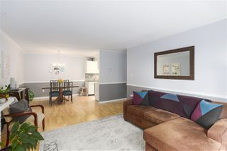 Photo 4: 303 5340 HASTINGS Street in Burnaby: Capitol Hill BN Condo for sale (Burnaby North)  : MLS®# R2451752