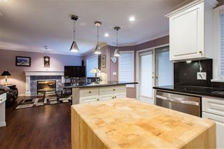 """Photo 6: 20608 93A Avenue in Langley: Walnut Grove House for sale in """"GORDON GREENWOOD"""" : MLS®# R2455681"""