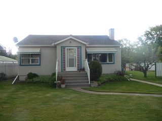 Main Photo: 5216 54 Avenue in Viking: House for sale