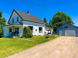 Photo 2: 2400 North Avenue in Canning: 404-Kings County Residential for sale (Annapolis Valley)  : MLS®# 202010722