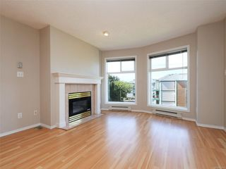 Photo 4: 302 898 Vernon Ave in : SE Swan Lake Condo for sale (Saanich East)  : MLS®# 853897