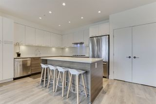 Photo 4: 317 3488 SAWMILL CRESCENT in Vancouver: South Marine Condo for sale (Vancouver East)  : MLS®# R2475602