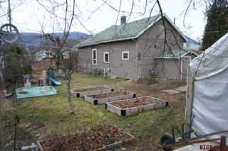 Photo 14: 230 - 1st Street S.E. in Salmon Arm: Downtown Residential Detached for sale : MLS®# 9228233