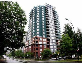 "Photo 1: 407 5288 MELBOURNE Street in Vancouver: Collingwood VE Condo for sale in ""EMERALD PARK PLACE"" (Vancouver East)  : MLS®# V659931"