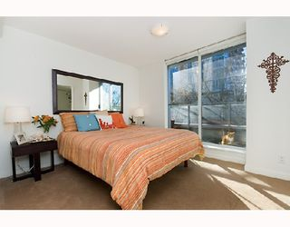 "Photo 5: 317 328 E 11TH Avenue in Vancouver: Mount Pleasant VE Condo for sale in ""UNO"" (Vancouver East)  : MLS®# V687450"