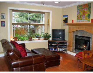 Photo 2: 1851 E 13TH Avenue in Vancouver: Grandview VE House 1/2 Duplex for sale (Vancouver East)  : MLS®# V700667