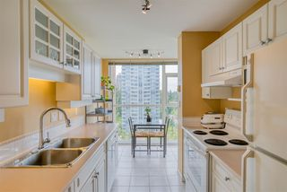 """Photo 2: 901 7108 EDMONDS Street in Burnaby: Edmonds BE Condo for sale in """"THE PARKHILL"""" (Burnaby East)  : MLS®# R2404723"""