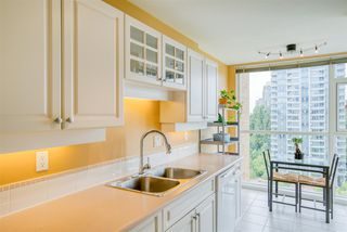"""Photo 11: 901 7108 EDMONDS Street in Burnaby: Edmonds BE Condo for sale in """"THE PARKHILL"""" (Burnaby East)  : MLS®# R2404723"""