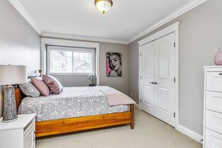 """Photo 16: 21639 93 Avenue in Langley: Walnut Grove House for sale in """"Redwood Estates - Walnut Grove"""" : MLS®# R2455287"""