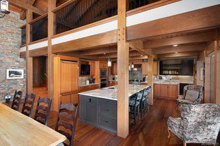 Photo 15: 1563 Mt. Newton Cross Rd in Central Saanich: CS Saanichton House for sale : MLS®# 839923