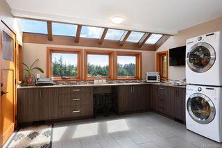 Photo 28: 1563 Mt. Newton Cross Rd in Central Saanich: CS Saanichton House for sale : MLS®# 839923