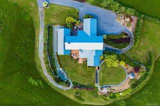Photo 44: 1563 Mt. Newton Cross Rd in Central Saanich: CS Saanichton House for sale : MLS®# 839923