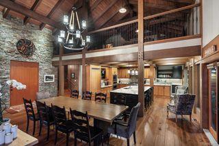 Photo 14: 1563 Mt. Newton Cross Rd in Central Saanich: CS Saanichton House for sale : MLS®# 839923