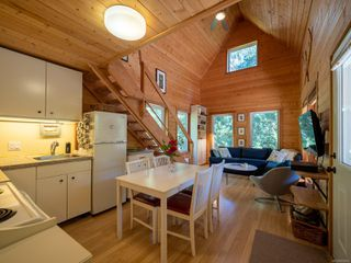 Photo 3: 2616 Spyglass Rd in : GI Pender Island Single Family Detached for sale (Gulf Islands)  : MLS®# 854924