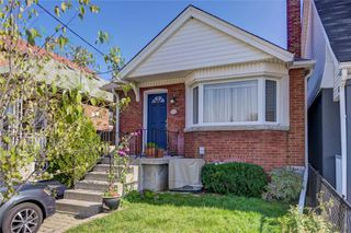 Photo 1: 193 Cedric Avenue in Toronto: Oakwood-Vaughan House (Bungalow) for sale (Toronto C03)  : MLS®# C4955329