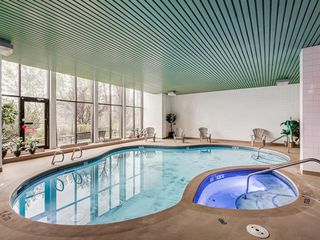 Photo 8: 613 300 Meredith Road NE in Calgary: Crescent Heights Apartment for sale : MLS®# A1050537