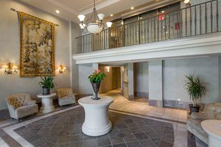 """Photo 3: 907 5615 HAMPTON Place in Vancouver: University VW Condo for sale in """"BALMORAL"""" (Vancouver West)  : MLS®# R2521263"""