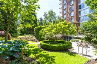 """Photo 4: 907 5615 HAMPTON Place in Vancouver: University VW Condo for sale in """"BALMORAL"""" (Vancouver West)  : MLS®# R2521263"""