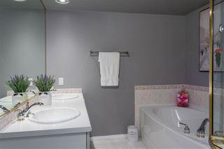 """Photo 22: 907 5615 HAMPTON Place in Vancouver: University VW Condo for sale in """"BALMORAL"""" (Vancouver West)  : MLS®# R2521263"""