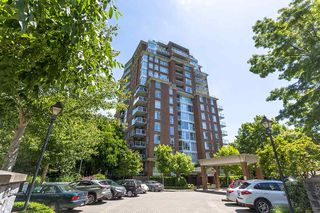 """Photo 2: 907 5615 HAMPTON Place in Vancouver: University VW Condo for sale in """"BALMORAL"""" (Vancouver West)  : MLS®# R2521263"""
