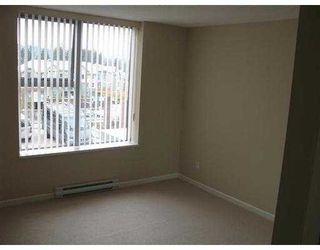 """Photo 8: 204 295 GUILDFORD Way in Port Moody: North Shore Pt Moody Condo for sale in """"THE BENTLEY"""" : MLS®# V639019"""