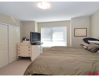 """Photo 7: 13 7155 189TH Street in Surrey: Clayton Townhouse for sale in """"BACARA"""" (Cloverdale)  : MLS®# F2727422"""