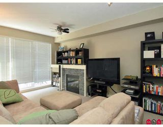 """Photo 3: 13 7155 189TH Street in Surrey: Clayton Townhouse for sale in """"BACARA"""" (Cloverdale)  : MLS®# F2727422"""