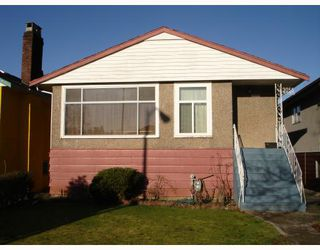 Photo 1: 3055 E 26TH Avenue in Vancouver: Renfrew Heights House for sale (Vancouver East)  : MLS®# V690888