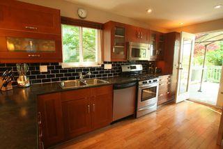 Photo 2: 2665 Violet Street in North Vancouver: Blueridge NV House for sale : MLS®# V768163
