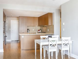 """Photo 8: 2706 1155 THE HIGH Street in Coquitlam: North Coquitlam Condo for sale in """"M ONE"""" : MLS®# R2388441"""