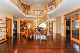 Photo 3: 8771 STRATHEARN Crescent in Edmonton: Zone 18 House for sale : MLS®# E4167060
