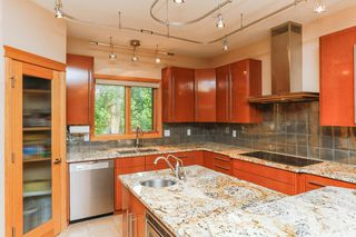 Photo 7: 8771 STRATHEARN Crescent in Edmonton: Zone 18 House for sale : MLS®# E4167060