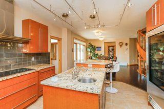 Photo 8: 8771 STRATHEARN Crescent in Edmonton: Zone 18 House for sale : MLS®# E4167060